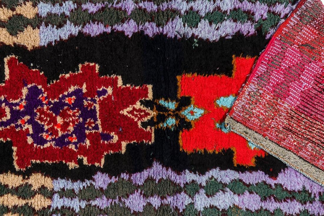 Vintage Moroccan Rug: 2'9'' x 6'8'' - 4