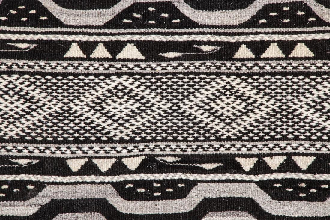 Modern Moroccan Taznacht Kilim: 2'7'' x 5'1'' - 3