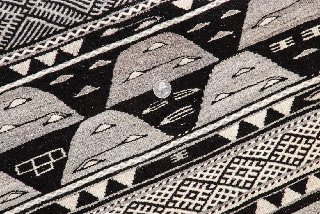 Modern Moroccan Taznacht Kilim: 2'7'' x 5'1'' - 5
