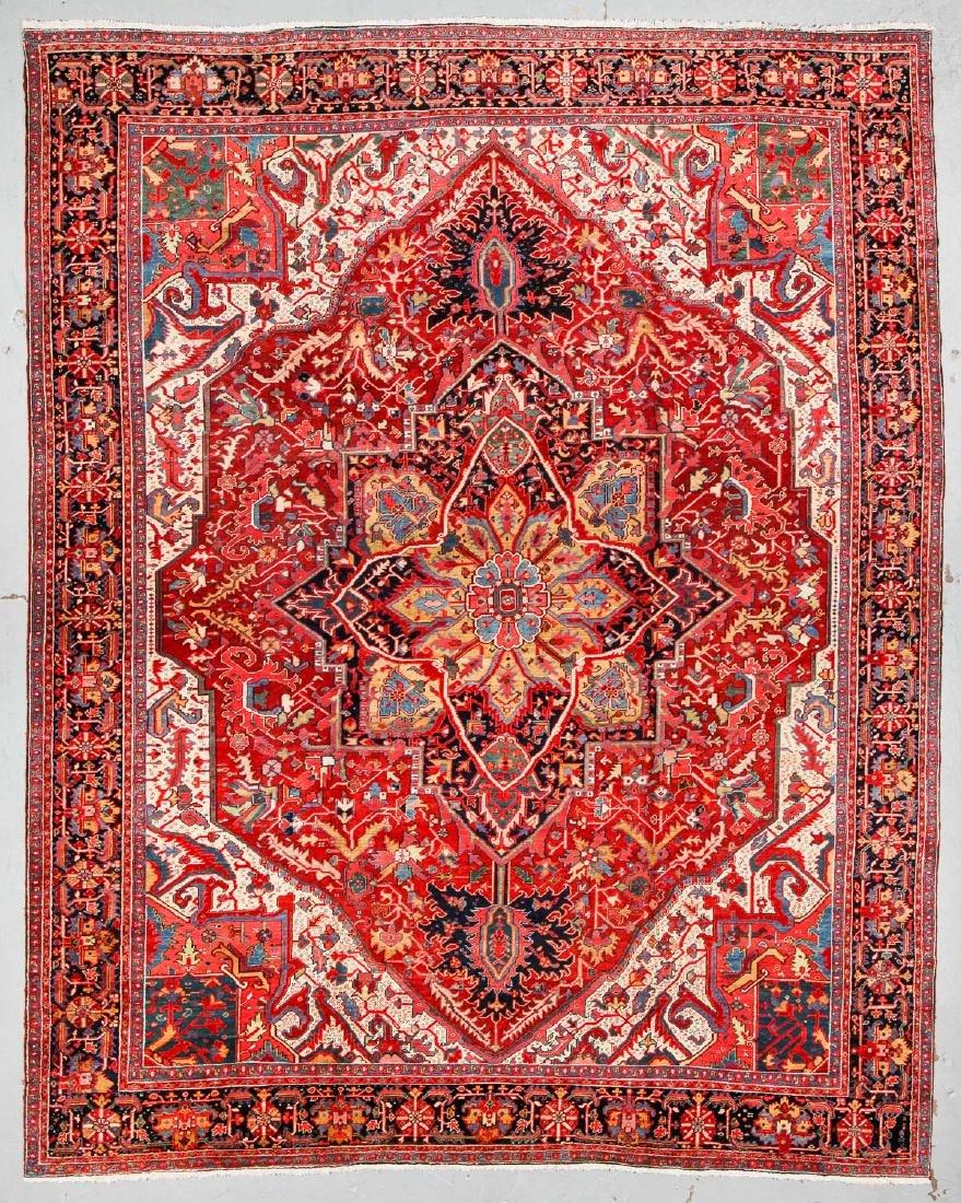 Antique Heriz Rug, Persia. Size: 11'7'' x 14'6''