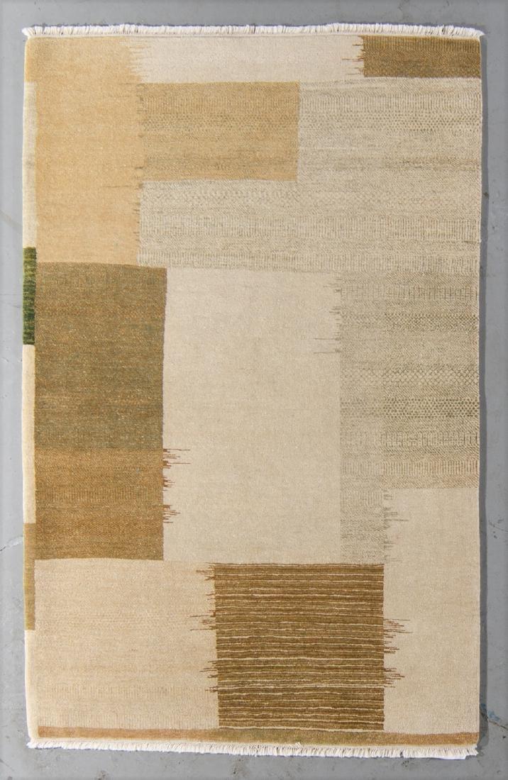 Modern Mahindra Natural Dye Rug: 4'2'' x 6'6''