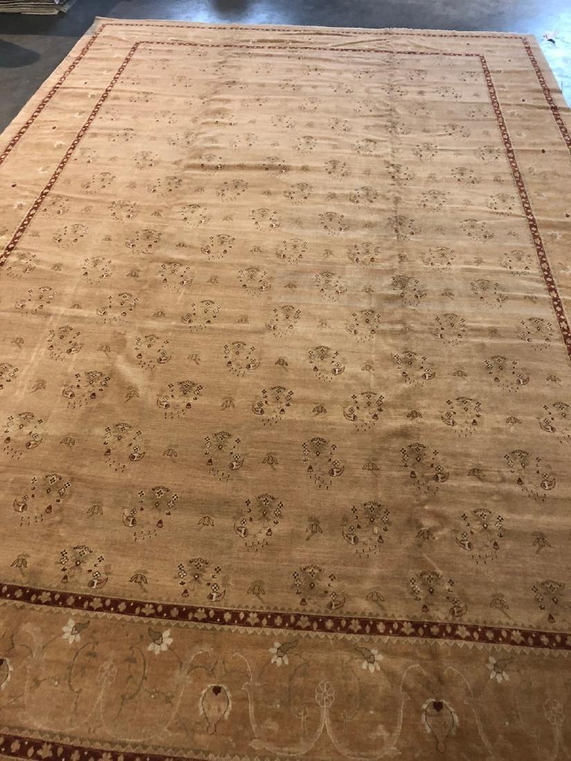 Fine Agra Style Rug: 11'10'' x 17'8''