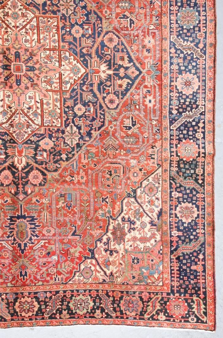Antique Heriz Rug, Persia: 9'7'' x 11'8'' - 3