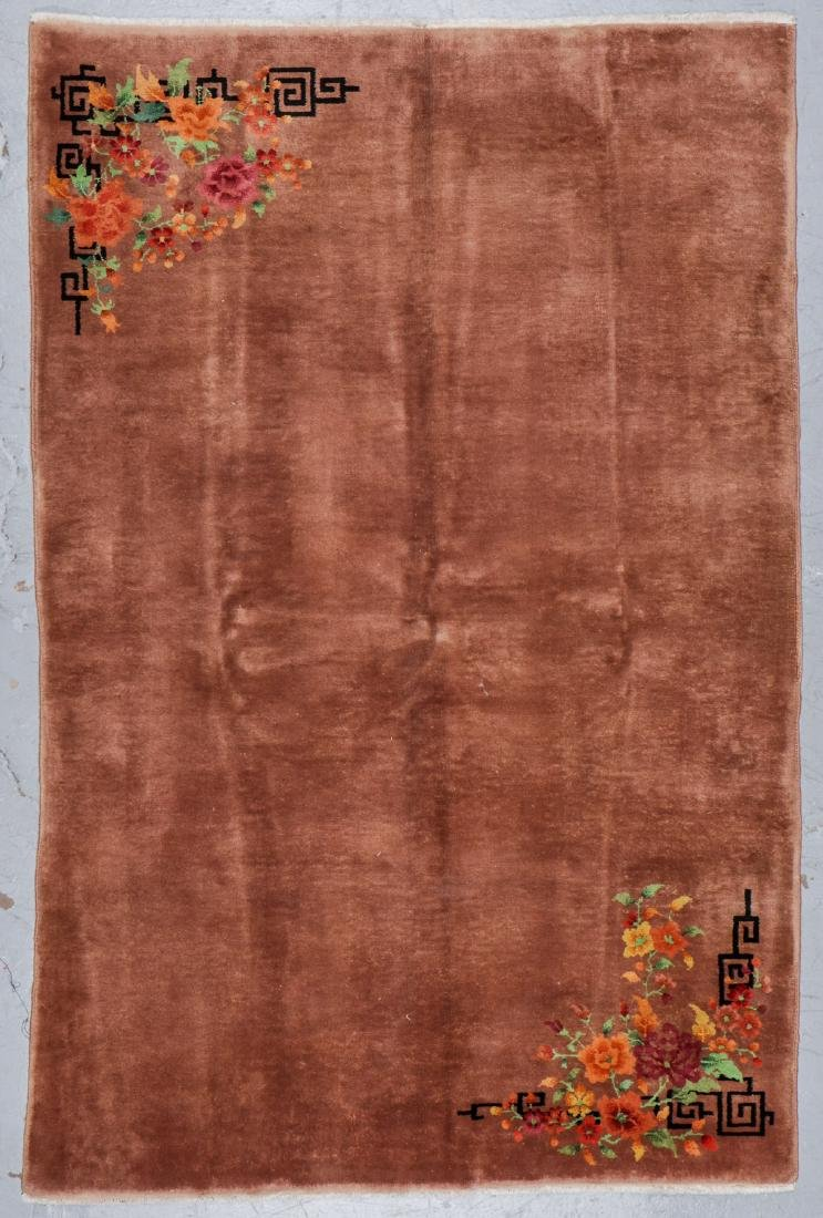 Chinese Art Deco Rug, Early 20th C: 5'8'' x 8'9''
