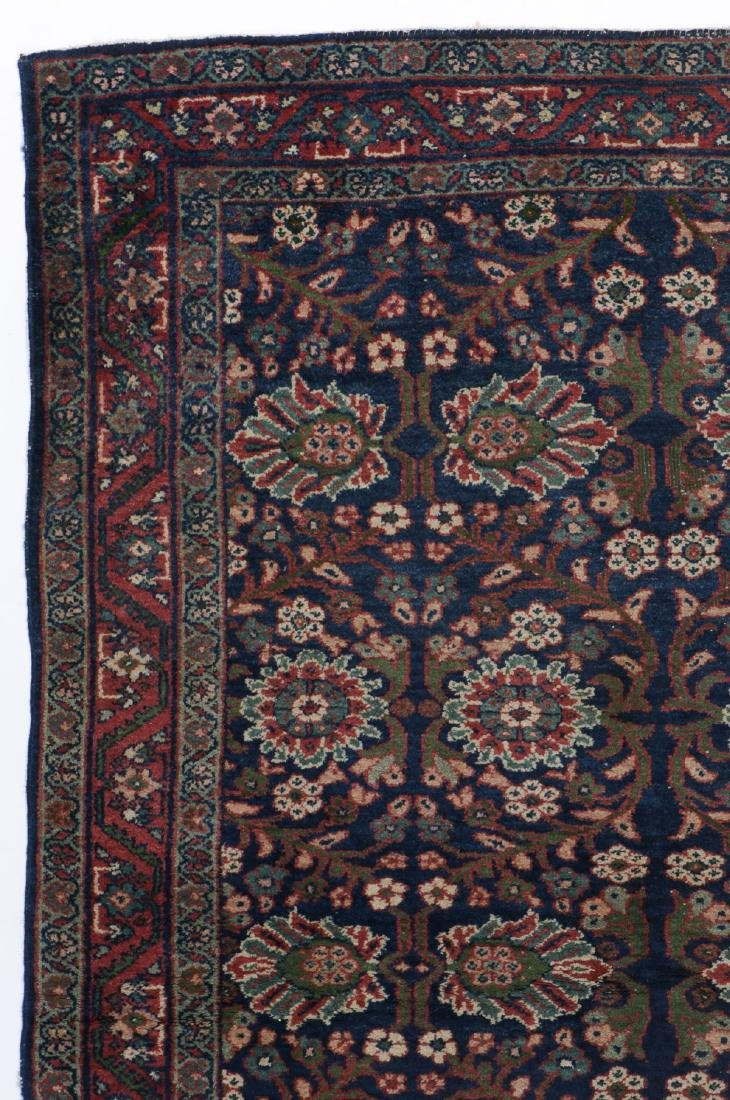 Antique Mahal Rug: 4'3'' x 6'5'' - 2