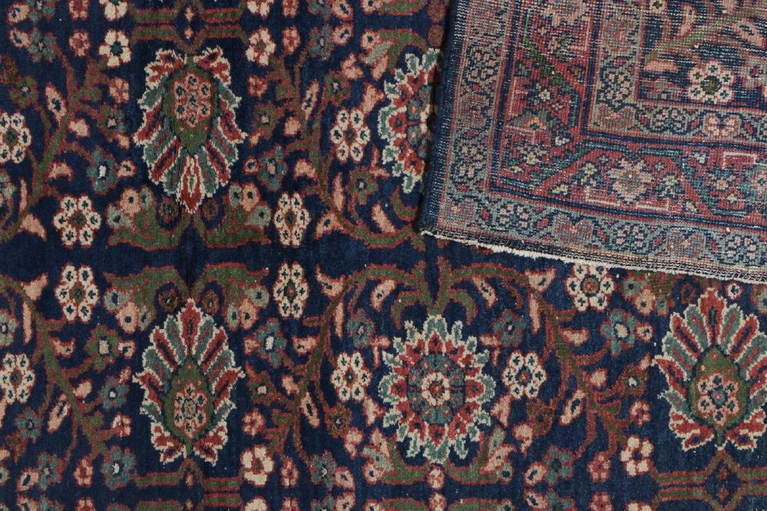 Antique Mahal Rug: 4'3'' x 6'5'' - 4