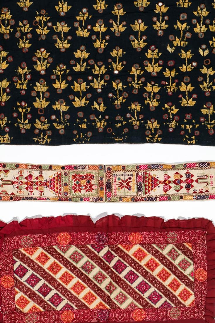 Lot of old Indian/Pakistani embroidered textiles - 6