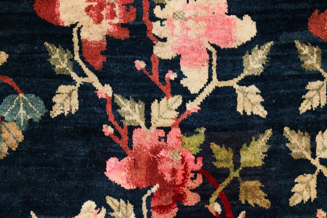 Antique Chinese Pictorial Rug: 5'2'' x 8'9'' - 2