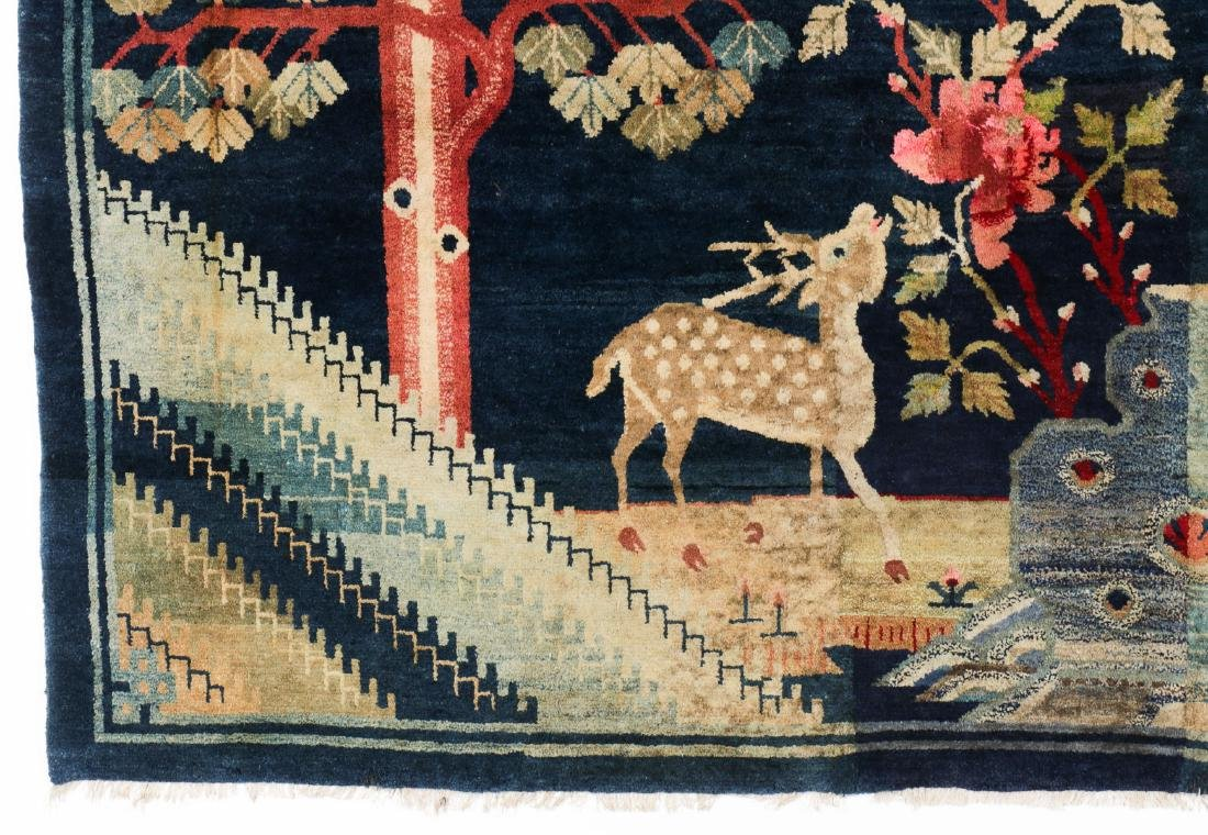 Antique Chinese Pictorial Rug: 5'2'' x 8'9'' - 3