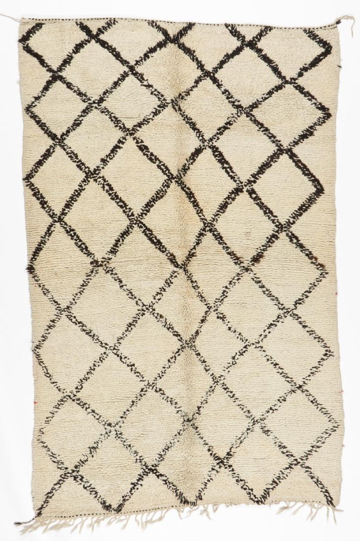 Vintage Moroccan Beni Ourain Rug: 5'1'' x 7'11''