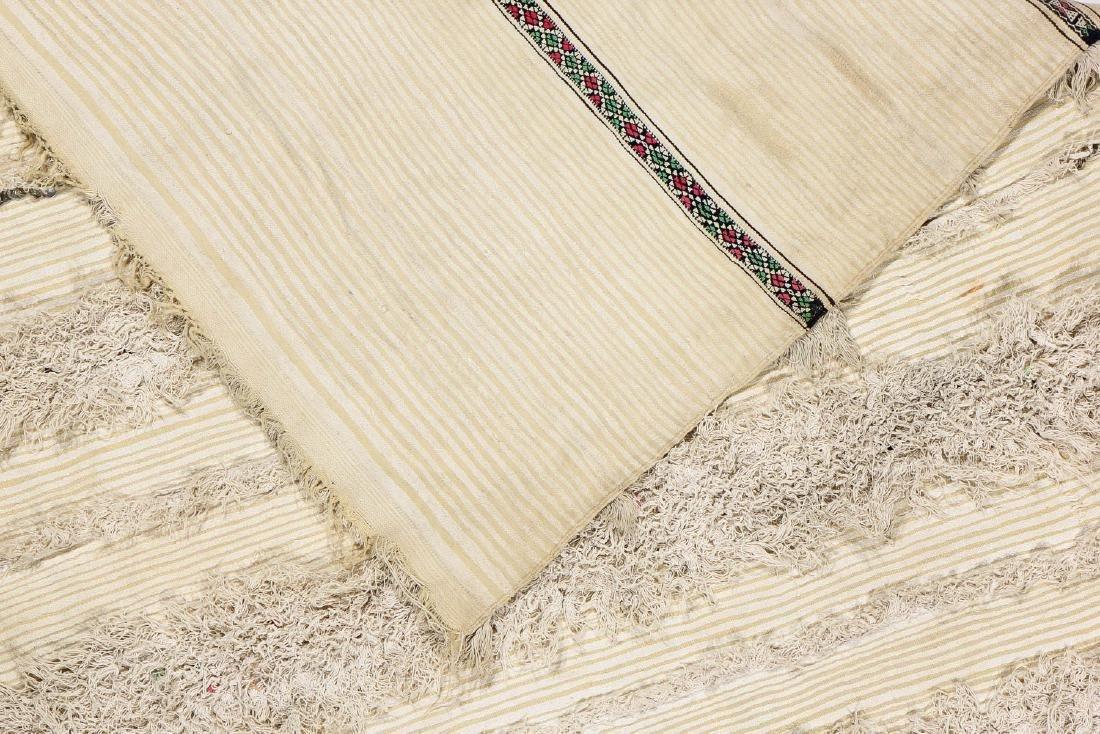 Vintage Moroccan Wedding Blanket: 4'2'' x 7'2'' - 4