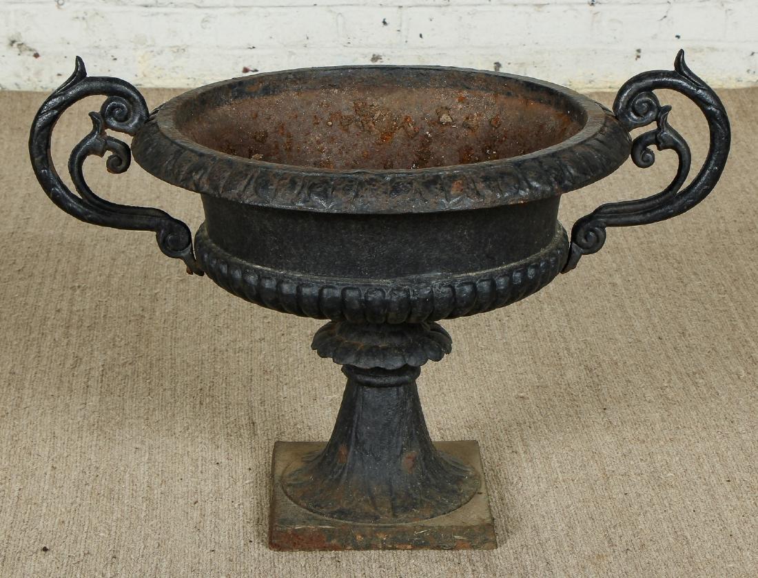 Pair of Victorian Cast Iron Garden Urns - 3