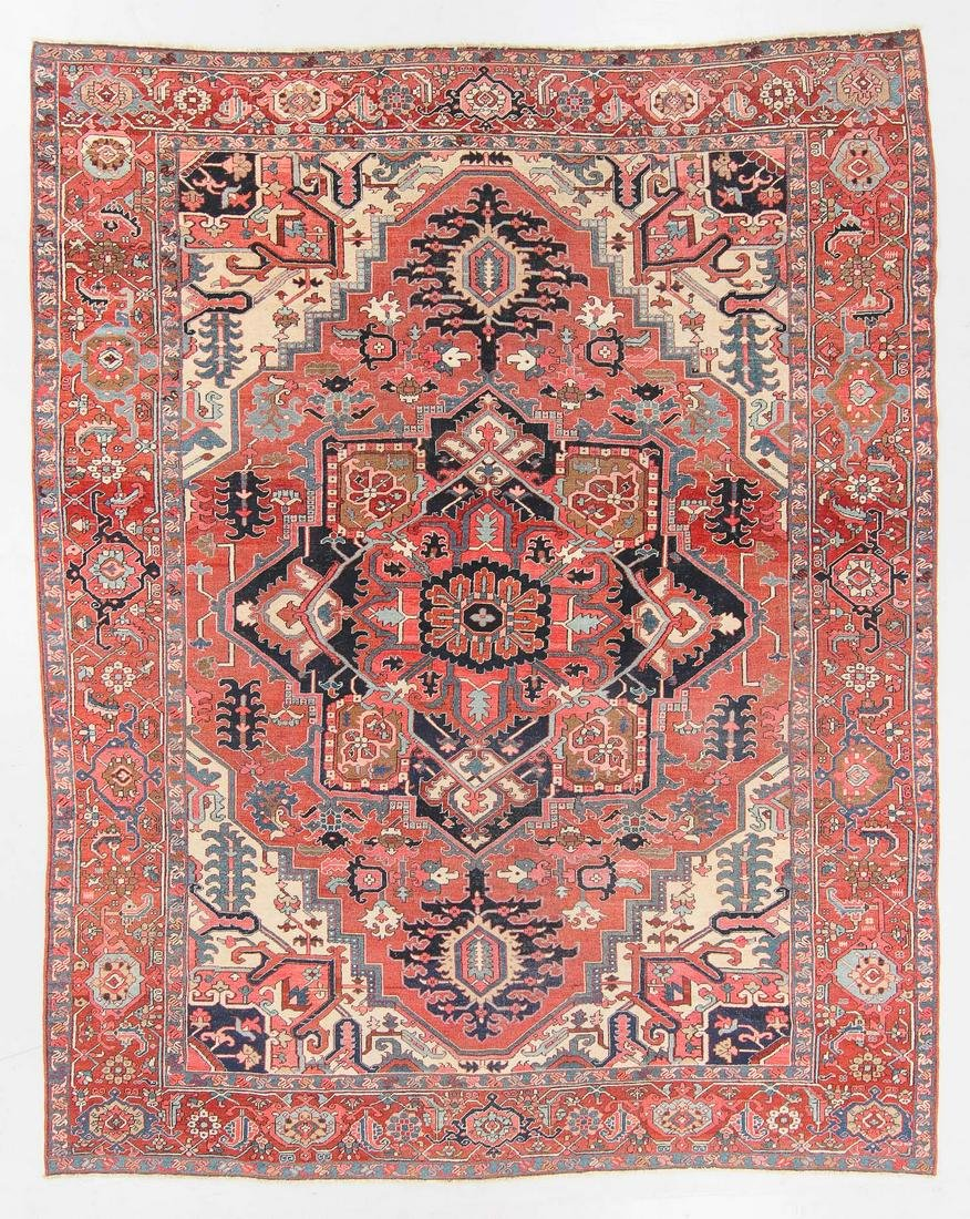 Antique Serapi Rug, Persia: 9'8'' x 12'1''