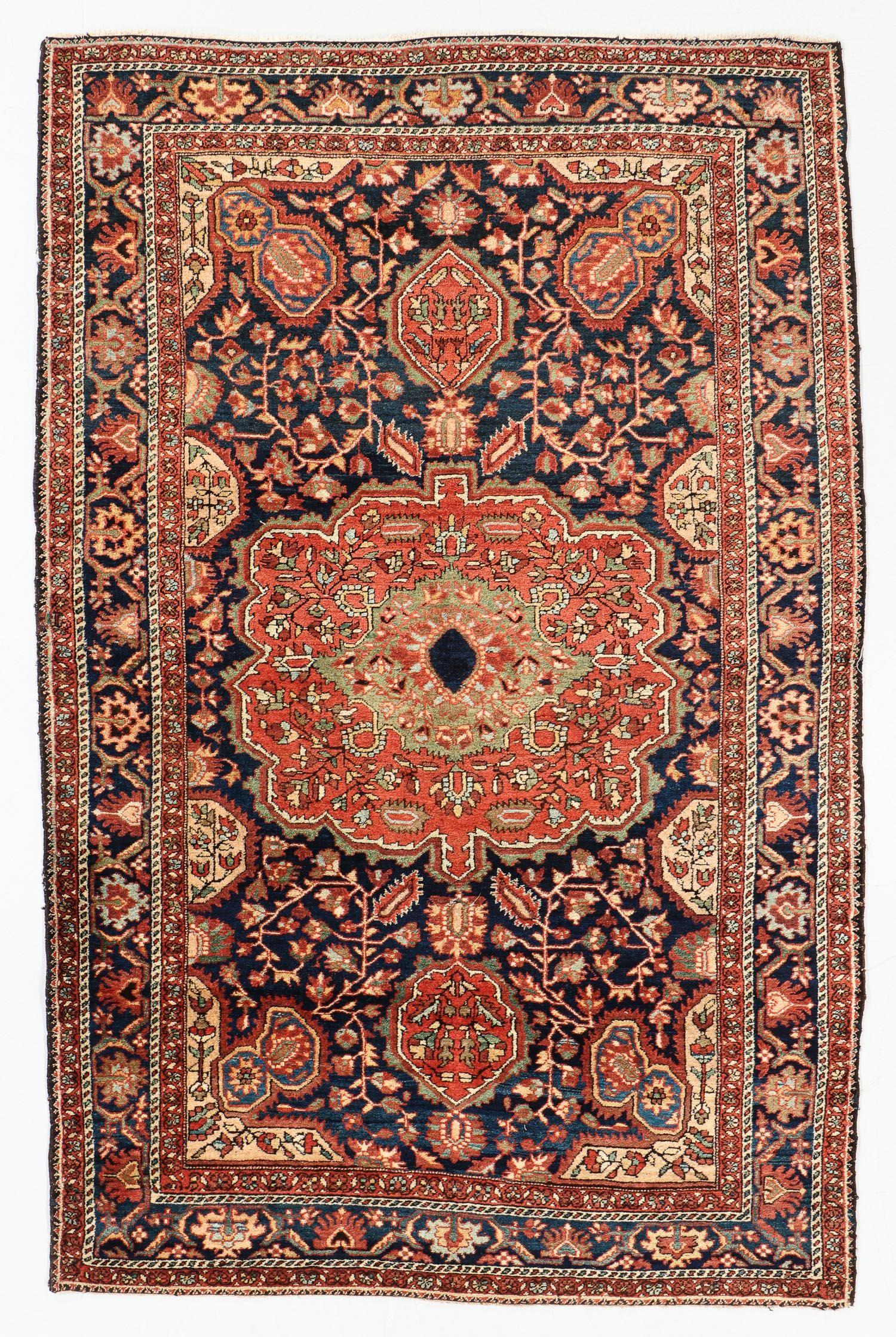 Ferahan Sarouk Rug, Persia, Circa 1900, 4'4'' x 6'7''