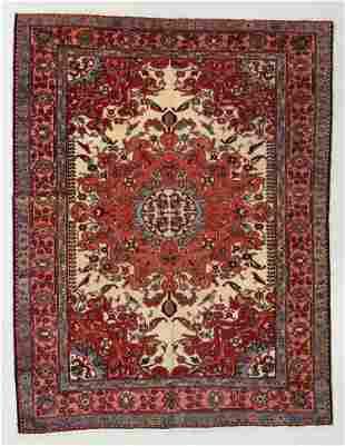 Fine Tafresh Rug, Persia, Early 20th C., 4'11'' x 6'3''