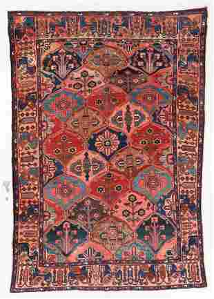 Baktiari Rug, Persia, Early 20th C., 6'9'' x 9'9''