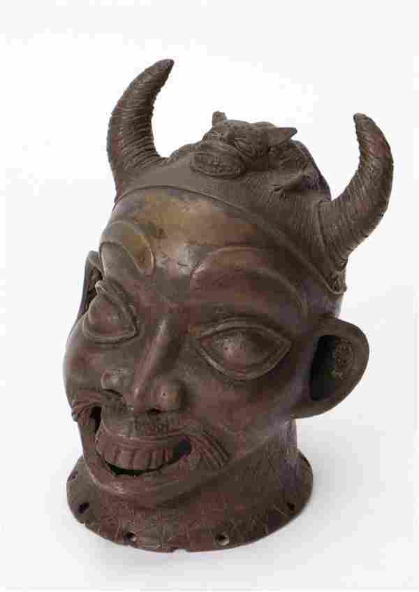 African Yoruba Bronze, Nigeria