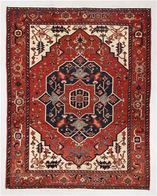 Fine Serapi Rug, Persia, Late 19th C., 4'11'' x 6'0''