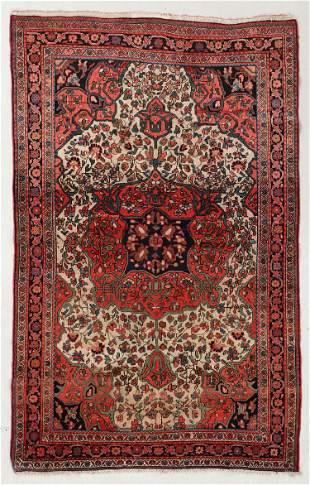 Sarouk Ferahan Rug, Persia, Circa 1900, 4'2'' x 6'8''