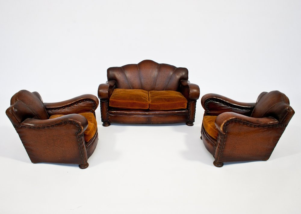 195: Salesman's Model of Two Leather Armchairs and Sofa