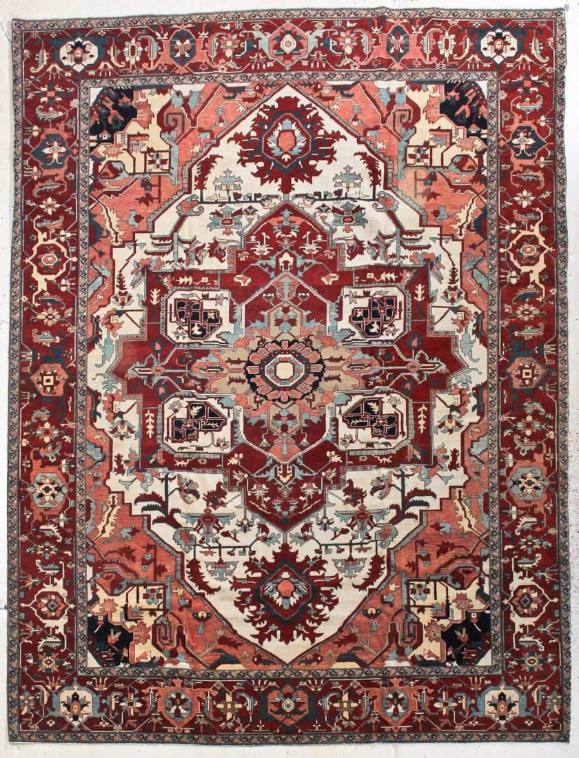 Fine Serapi Carpet