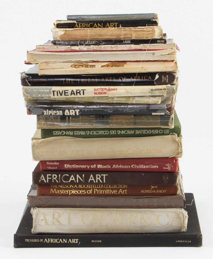 Well Referenced Lot of African Art Books
