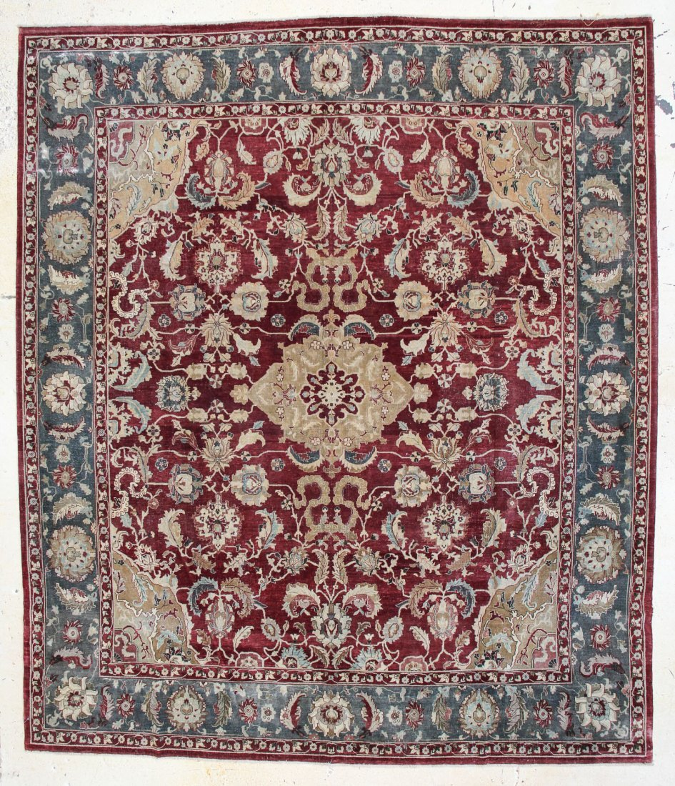 "Classical Agra Carpet: 10'4"" x 12'1"""