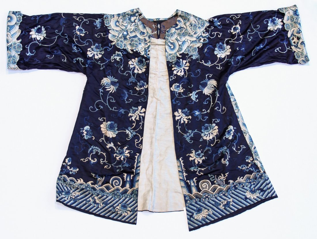 Chinese Blue Silk Floral Embroidered Robe
