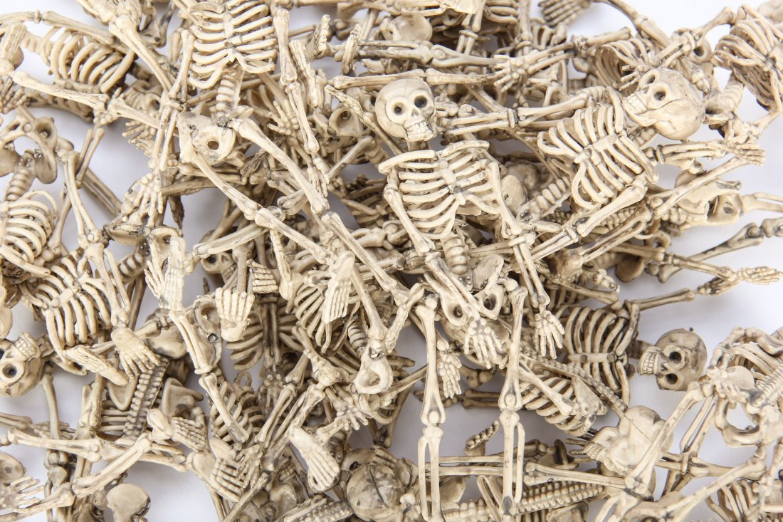 Group of 32 Plastic Halloween Skeletons - 2