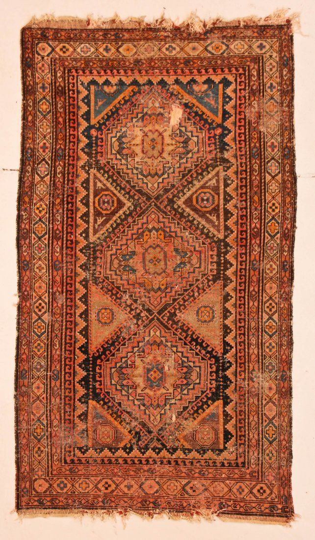 Antique Hamadan Rug: 4' x 6' (122 x 183 cm)