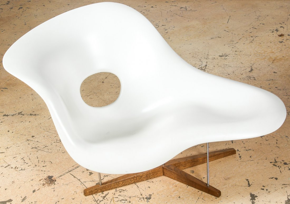 Charles and Ray Eames La Chaise Longue