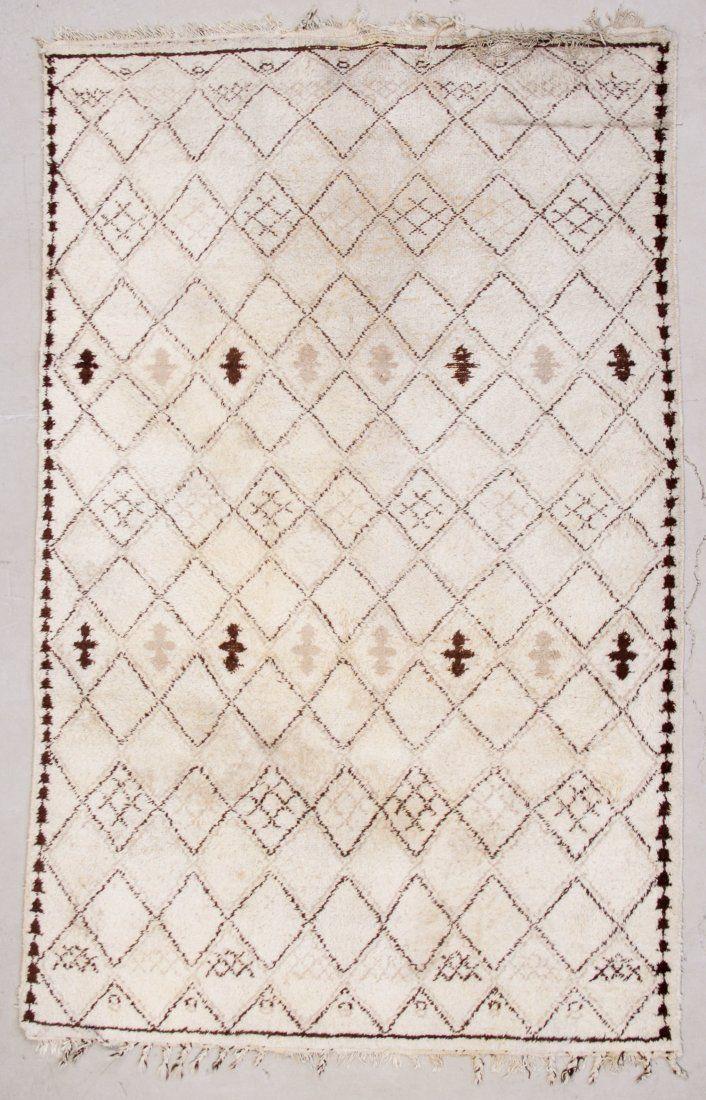 Moroccan Rug: 6' x 9'  (183 x 274 cm)