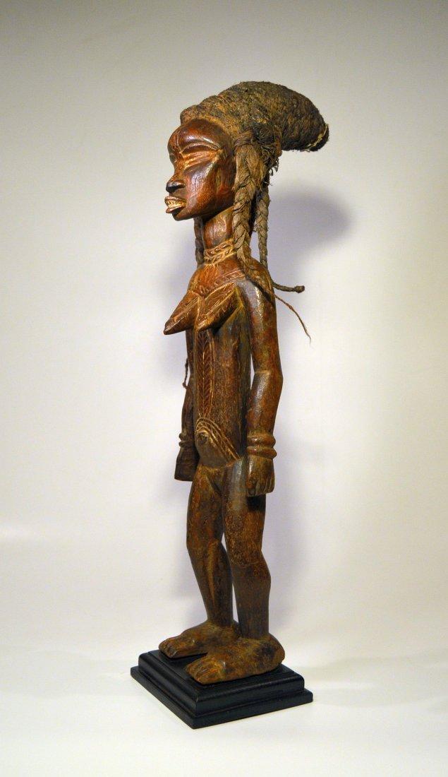 Fine Dan Female Sculpture - 2