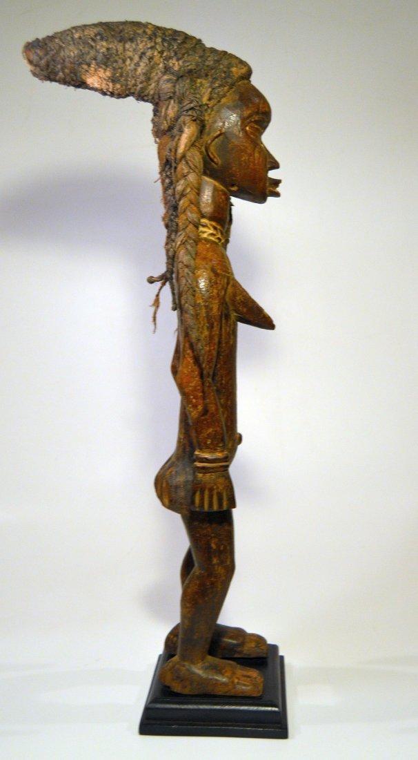Fine Dan Female Sculpture - 4