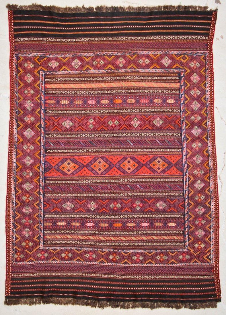 Vintage Afghan Kilim: 5'6'' x 7'5'' (168 x 226 cm)