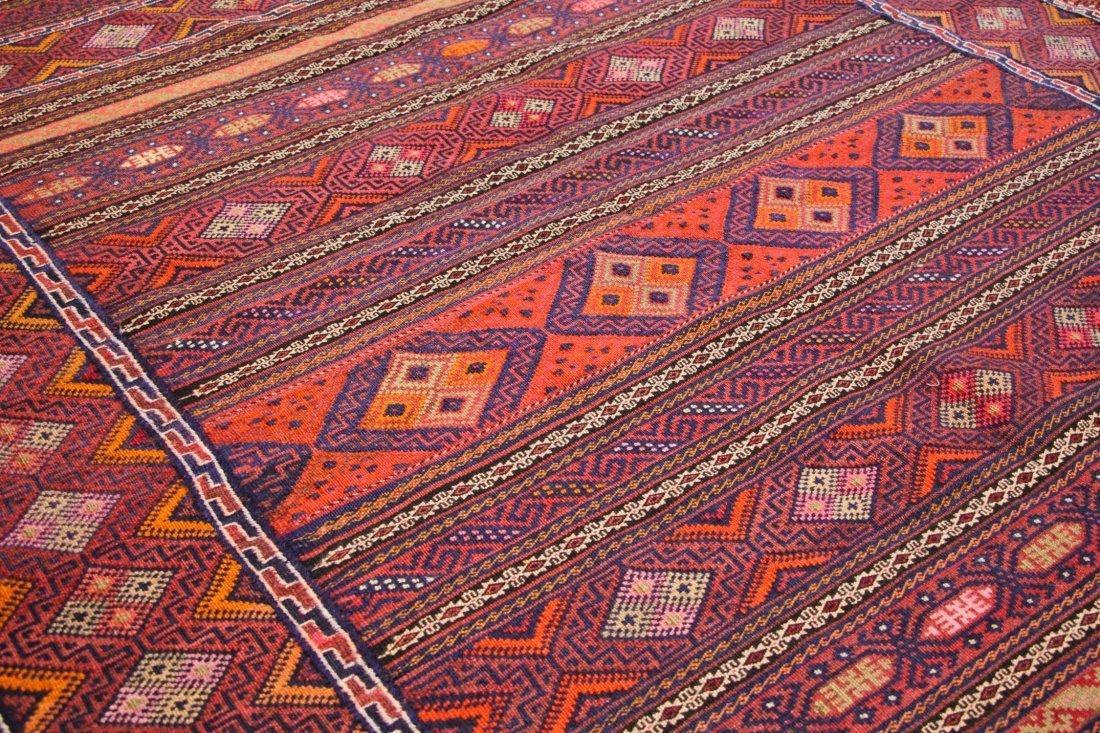 Vintage Afghan Kilim: 5'6'' x 7'5'' (168 x 226 cm) - 3