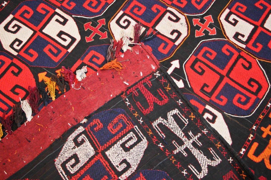 Vintage Central Asian Kilim: 5'0'' x 7'1'' (152 x 216 - 5