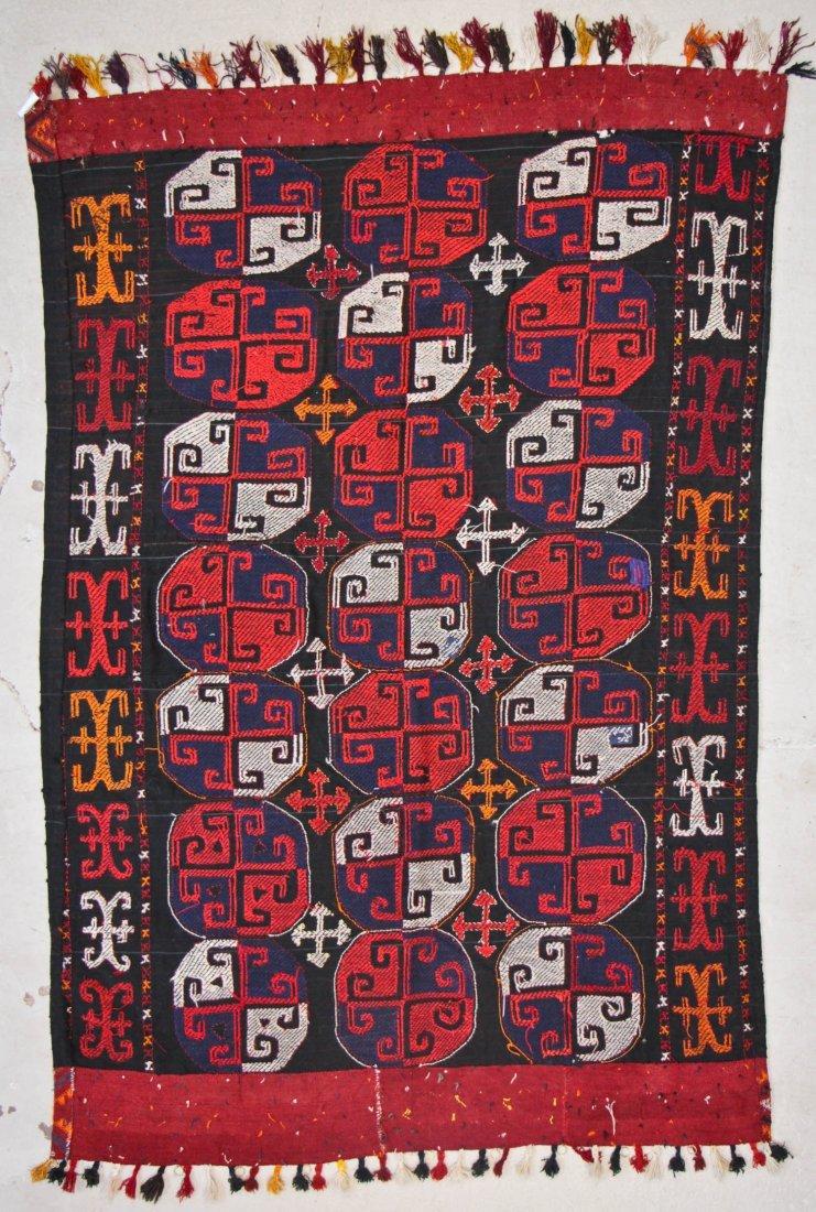 Vintage Central Asian Kilim: 5'0'' x 7'1'' (152 x 216 - 6