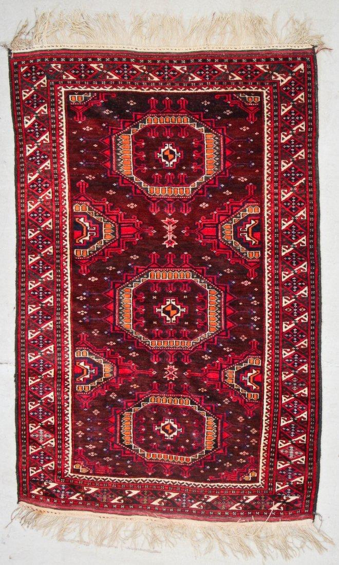 Vintage Turkmen Rug: 3'11'' x 6'0'' (119 x 183 cm)