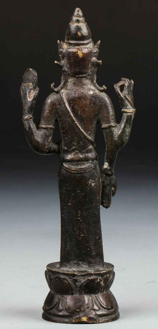 Chinese Qing Dynasty Buddhistic Bronze Figure - 3