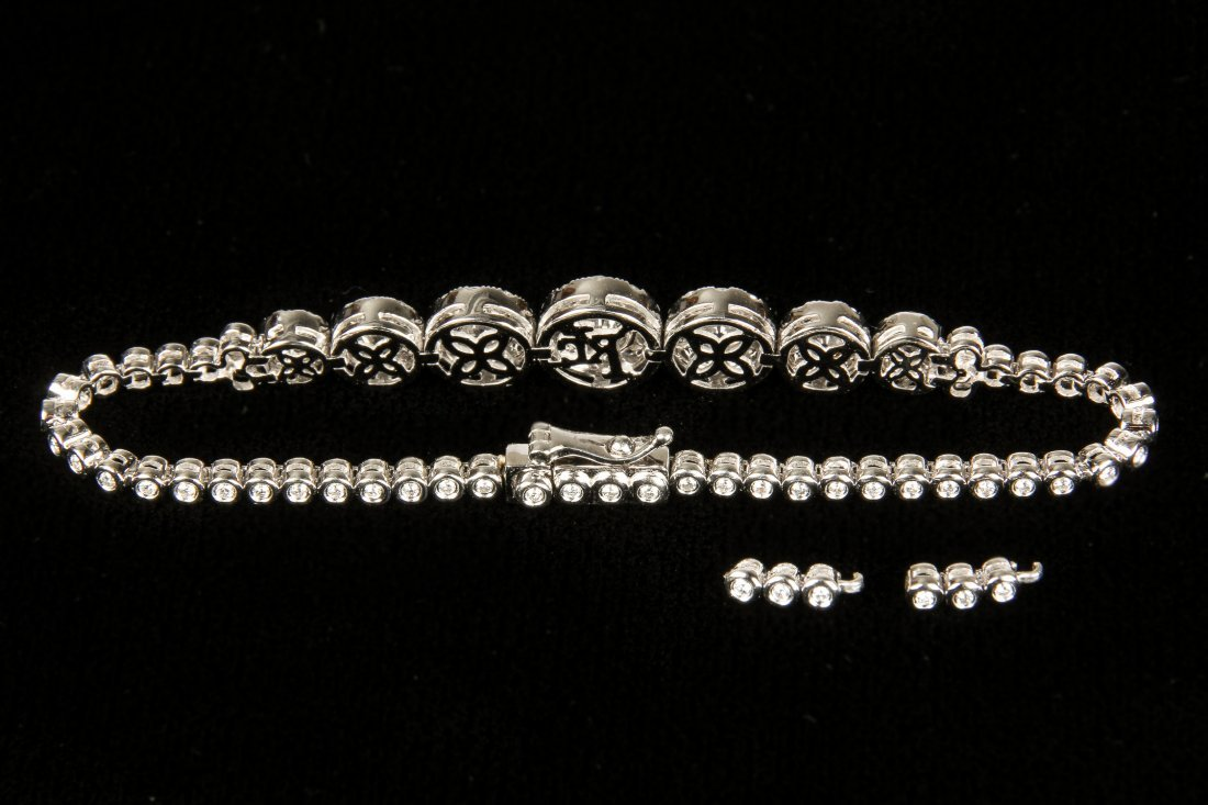 Ladies 14K White Gold Diamond Bracelet - 4