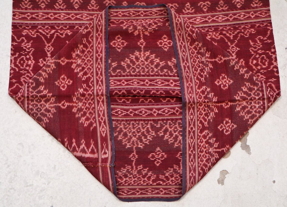 3 Indonesian Textiles, Early 20th C - 10