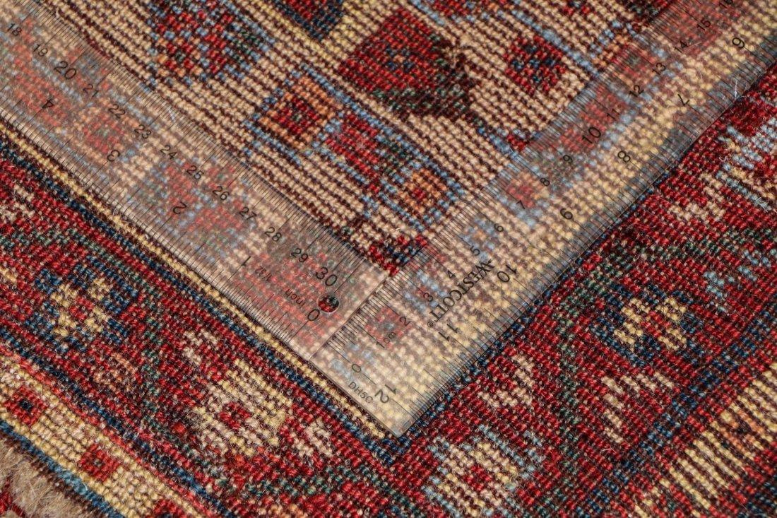 "Antique Shiraz Rug: 5'4"" x 7'2"" (163 x 218 cm) - 5"