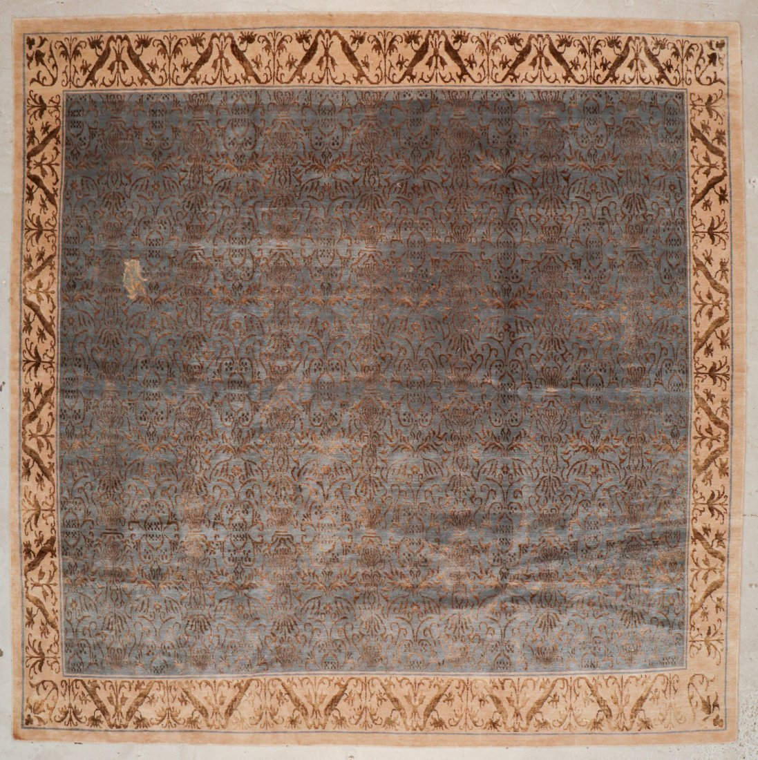 Vintage Tibetan Rug: 10'1'' x 10'0'' (307 x 305 cm)
