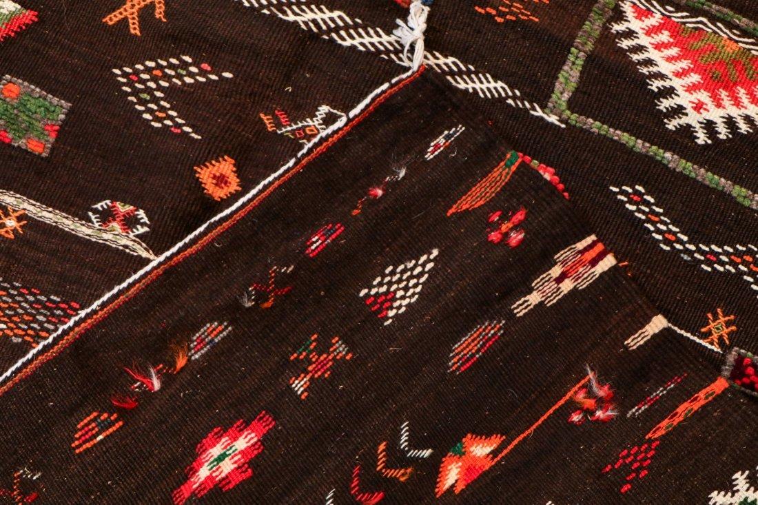 """Vintage Moroccan Rug: 3'11"""" x 6' (119 x 183 cm) - 4"""