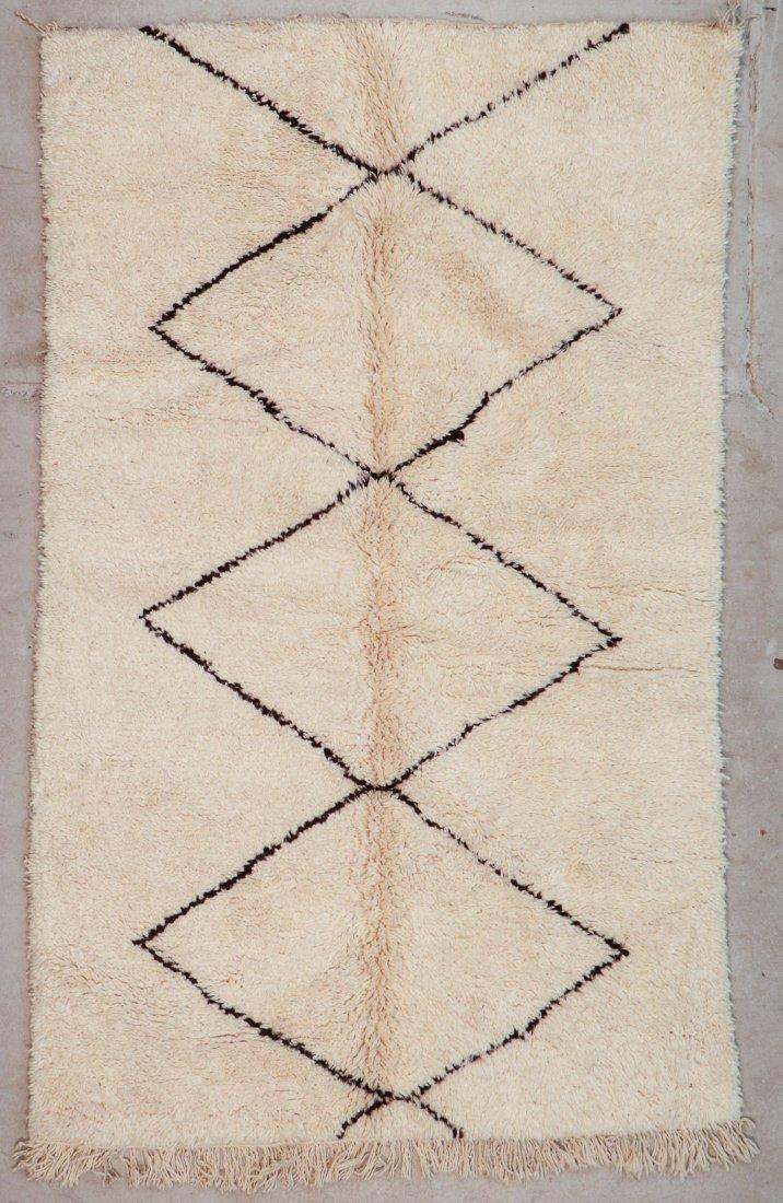 """Vintage Beni Ourain Rug: 5' x 7'10"""" (152 x 240 cm)"""
