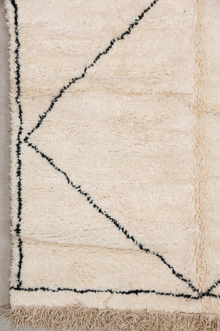 """Vintage Beni Ourain Rug: 5' x 7'4"""" (153 x 223 cm) - 2"""