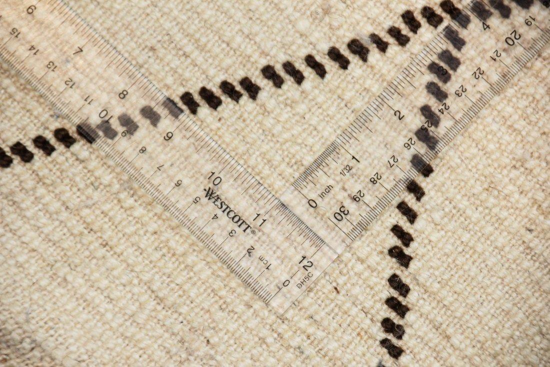 """Vintage Beni Ourain Rug: 5'6"""" x 8'2"""" (167 x 250 cm) - 5"""
