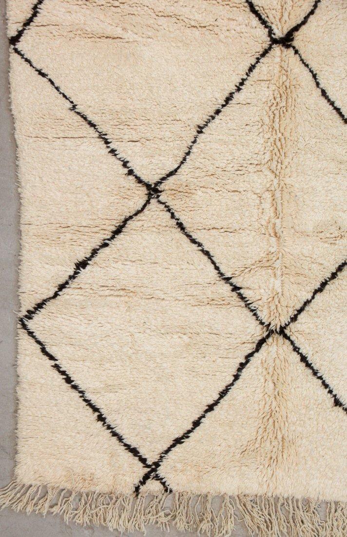 """Vintage Beni Ourain Rug: 6'2"""" x 8'2"""" (187 x 250 cm) - 2"""