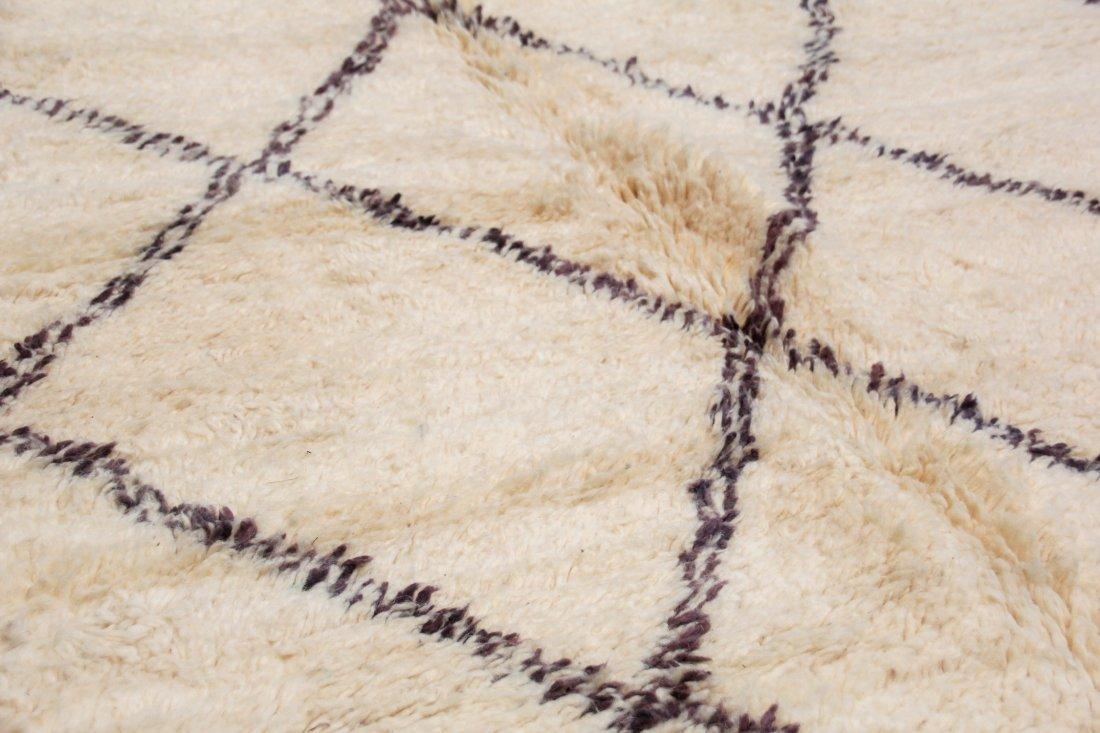 """Vintage Beni Ourain Rug: 5'9"""" x 8'4"""" (175 x 253 cm) - 3"""